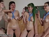 Hot lesbians in a foursome !