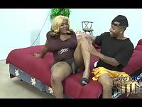 Hot ebony slut spreads her legs