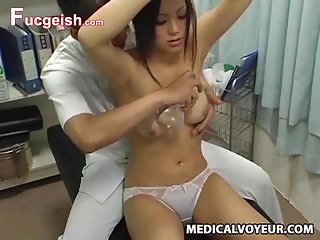 Teen climax breast massage | Porn-Update.com