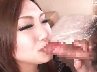 CFNM girl blowjob